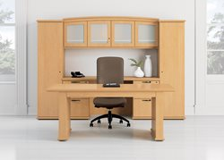 nof_03_CAP10_Captivate_Table_Desk_Aurora_PrivateOffice_Rev16