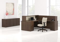 office-reception-desk_reception-area_furniture_Arrowood_Mixit_Reception